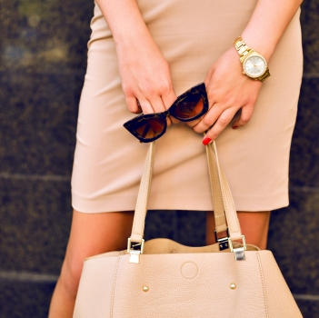 A Case for Monochromatic Dressing